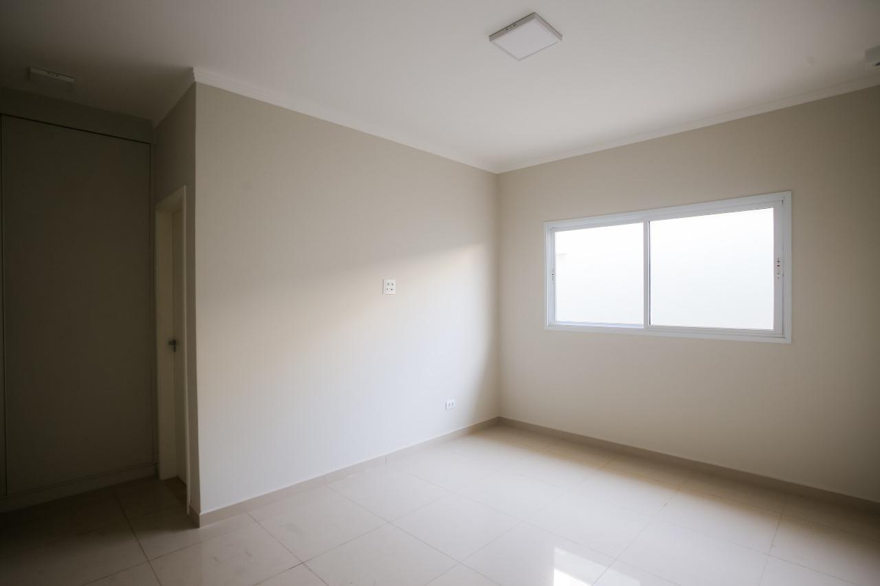 Casa em Condomínio para comprar, 3 quartos, 2 suítes, 2 vagas, no bairro Ondas em Piracicaba - SP