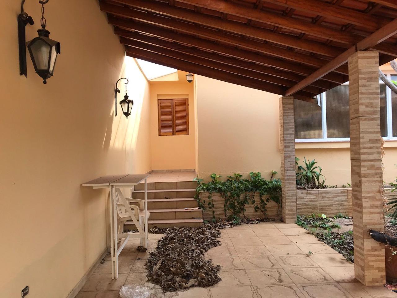 Casa para comprar, 3 quartos, 2 vagas, no bairro Vila Independência em Piracicaba - SP