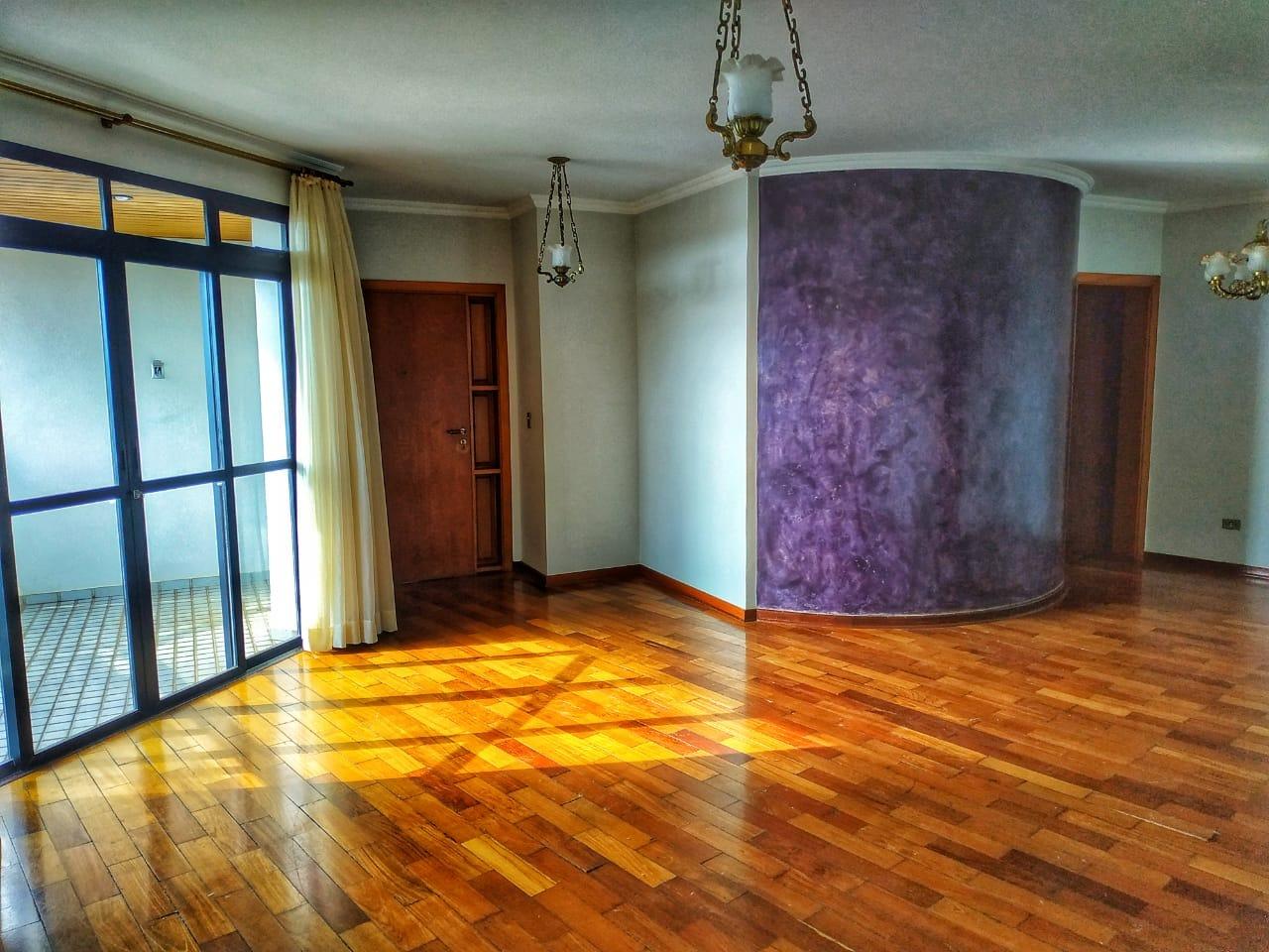 Apartamento para alugar, 4 quartos, 1 suíte, 2 vagas, no bairro Centro em Rio das Pedras - SP