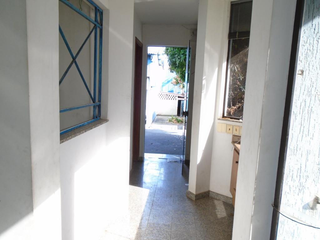 Prédio Comercial para comprar, 30 vagas, no bairro Santa Terezinha em Piracicaba - SP