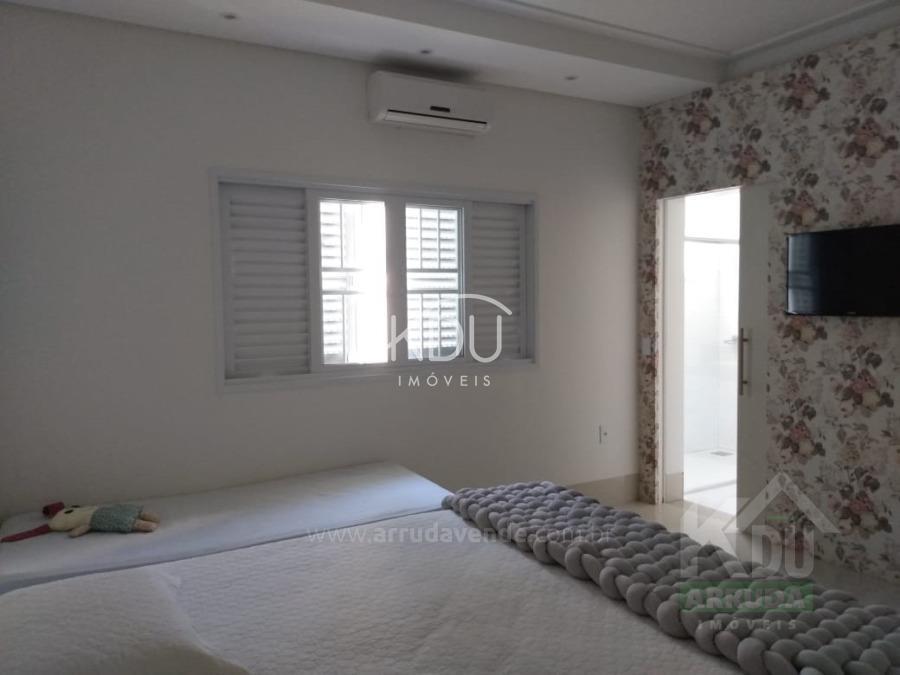 Casa à venda no Jardim Riva: