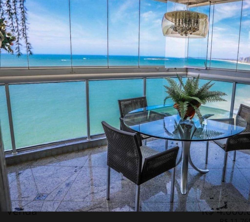 Apartamento à venda no Itapuã: