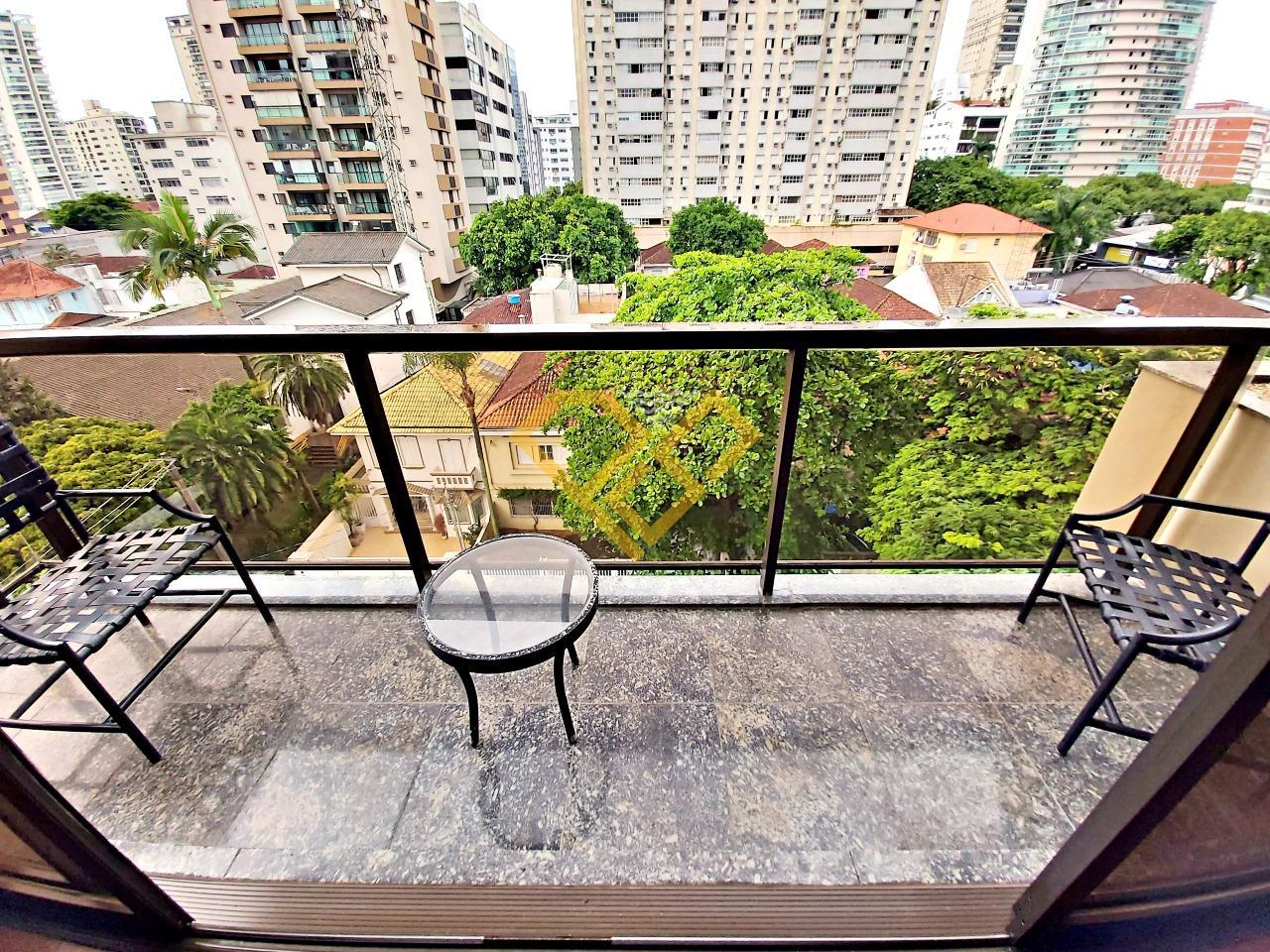 Apartamento à venda no Gonzaga: Varanda da sala