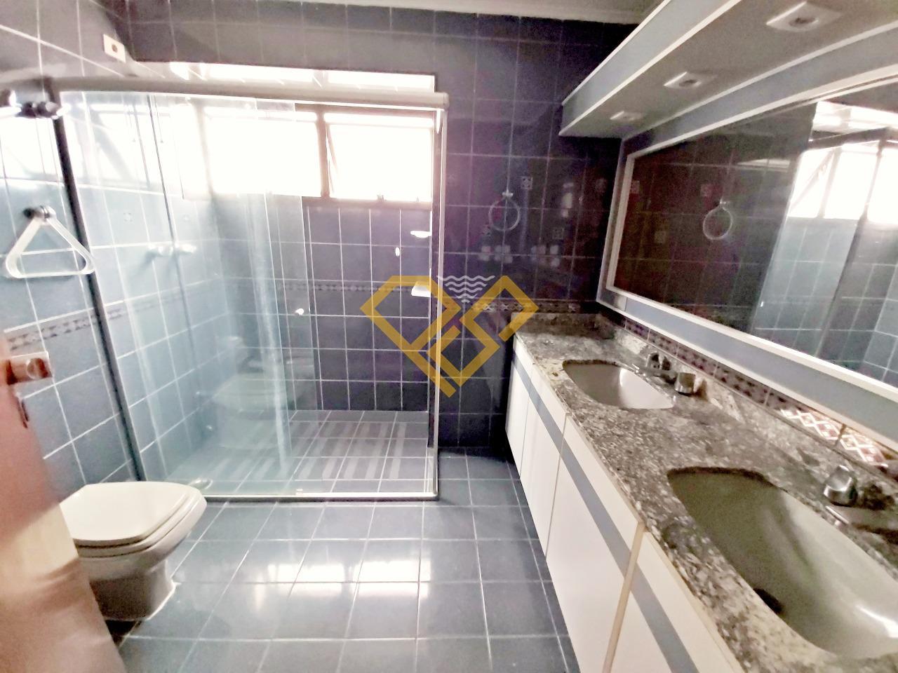 Apartamento à venda no Gonzaga: Wc da suíte 1