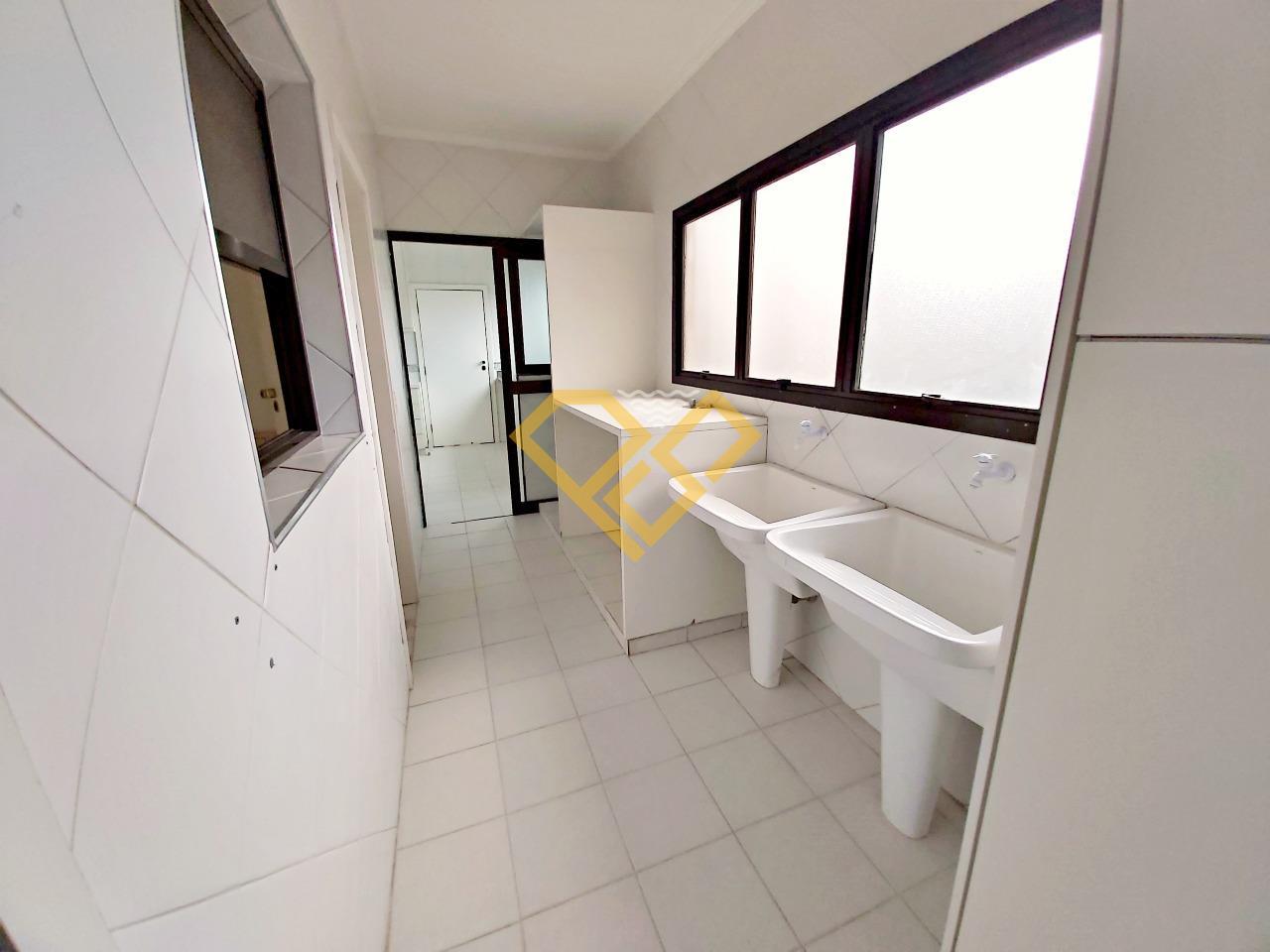 Apartamento à venda no Gonzaga: Área de serviço