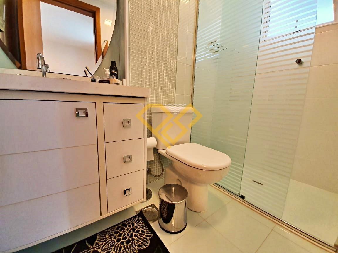 Apartamento à venda no Embaré: Wc da suíte 1