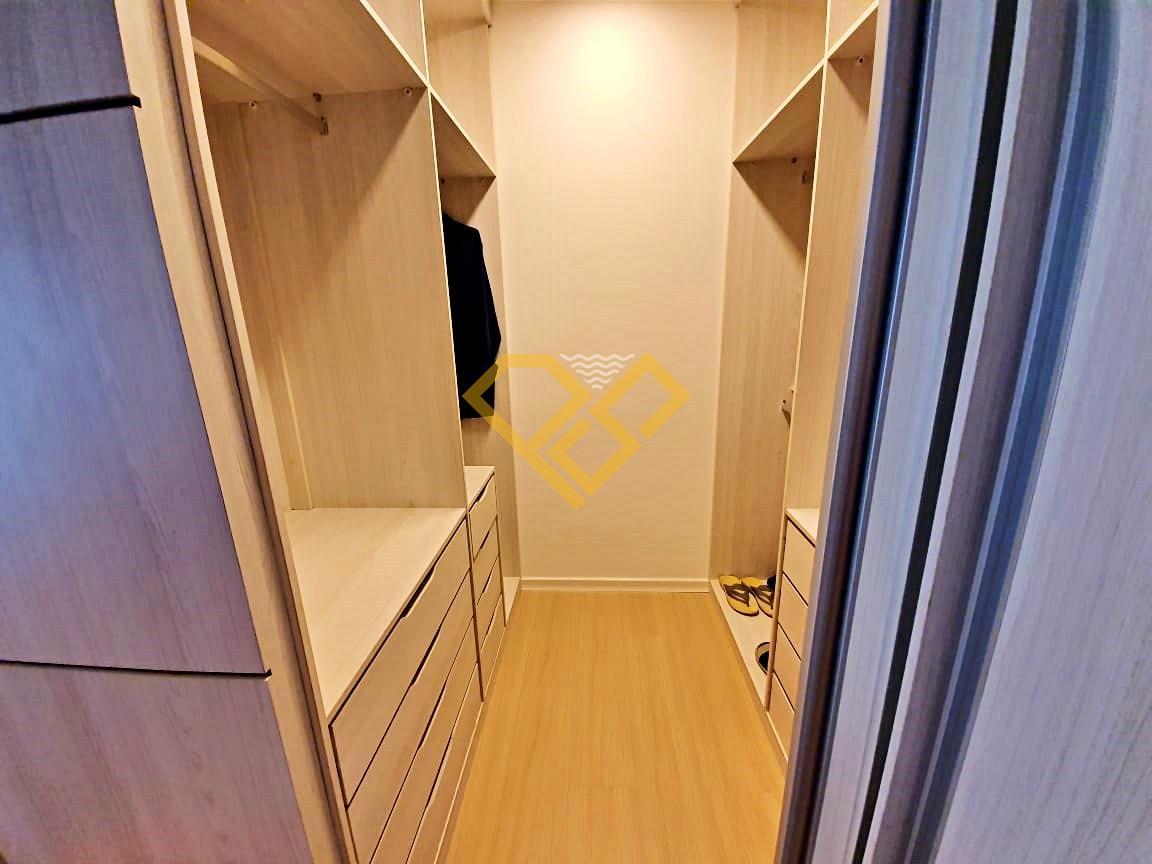 Apartamento à venda no Embaré: Closet suíte 3
