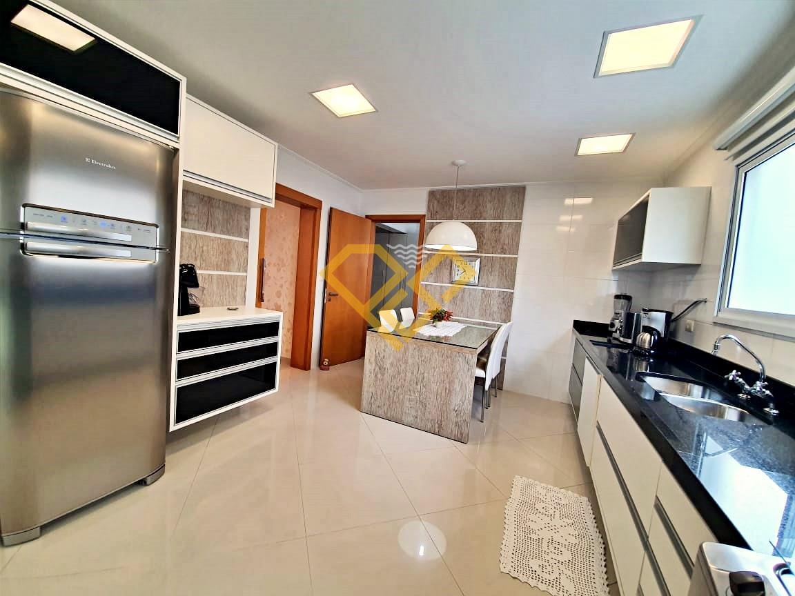Apartamento à venda no Embaré: Cozinha