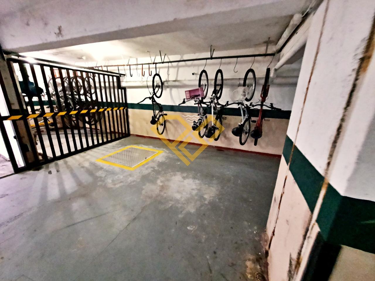 Apartamento à venda no Gonzaga: Bicicletário