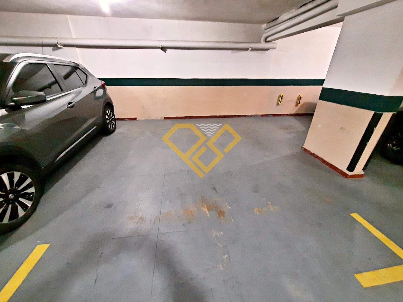 Apartamento à venda no Gonzaga: Garagem