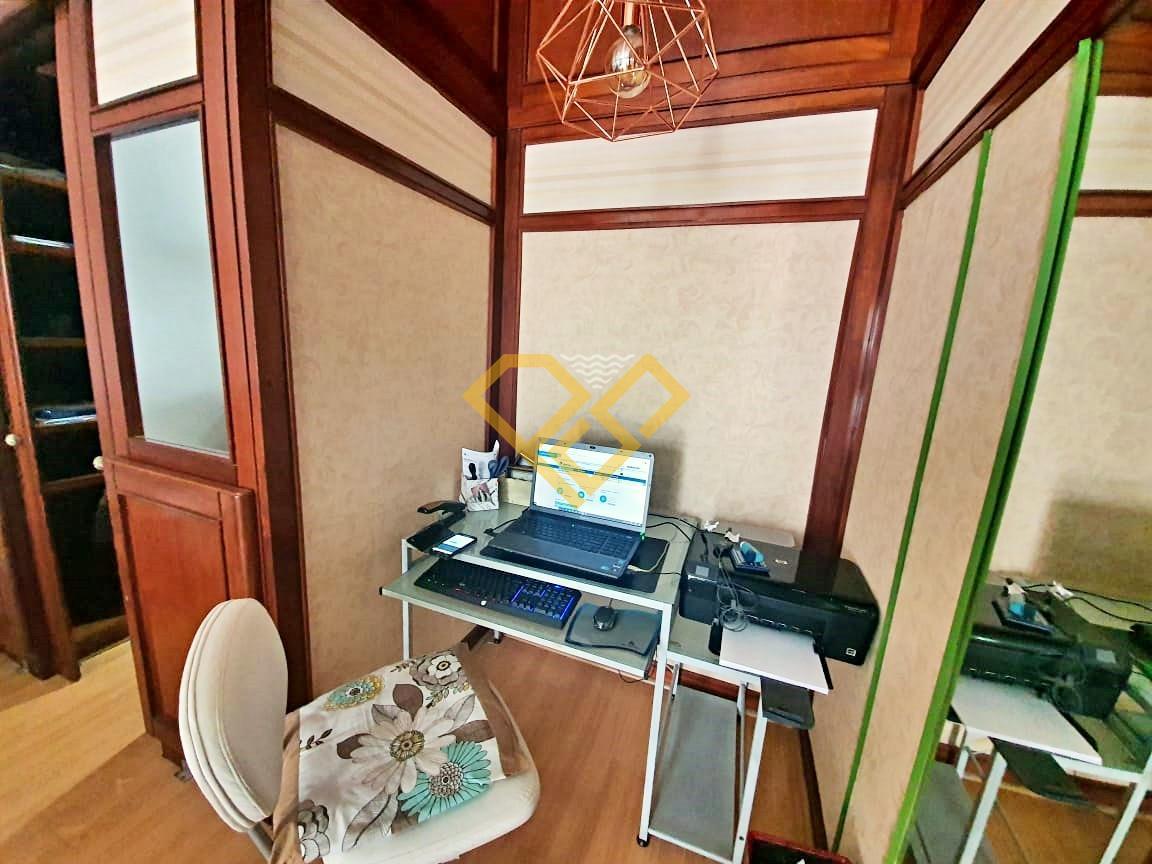 Apartamento à venda no Pompéia: Escritório