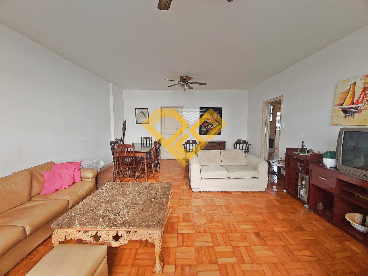 Apartamento à venda no Ponta da Praia: Sala de estar