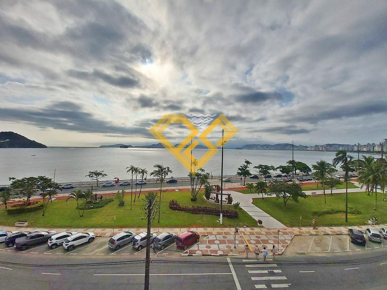 Apartamento à venda no Ponta da Praia: Vista da sala