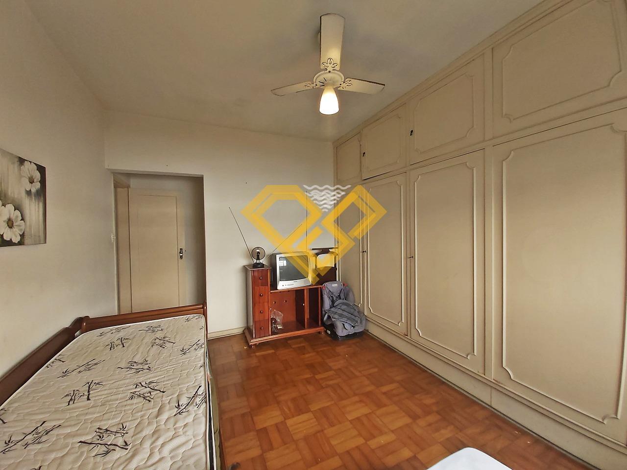 Apartamento à venda no Ponta da Praia: Suíte