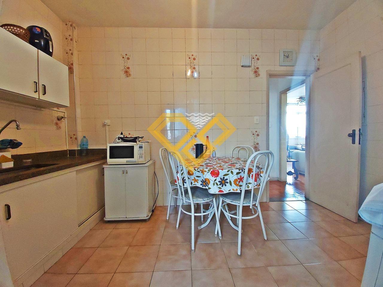 Apartamento à venda no Ponta da Praia: Cozinha