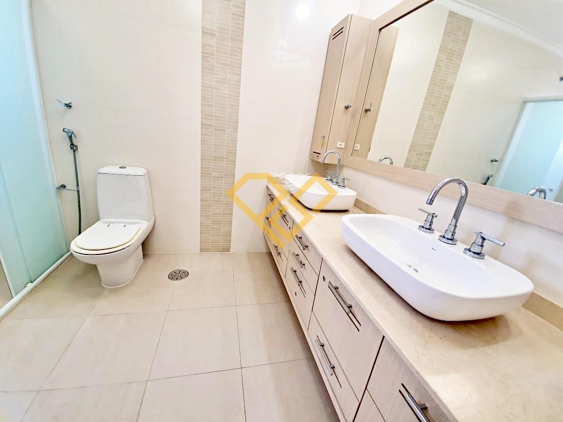 Apartamento à venda no Boqueirão: Wc da suíte 1