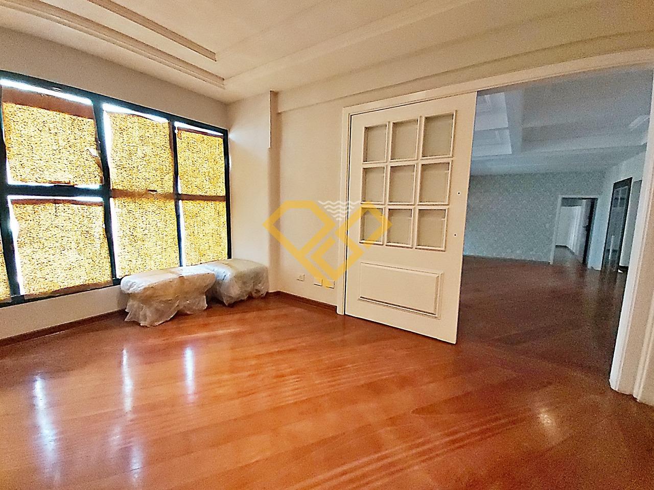 Apartamento à venda no Boqueirão: Home theater
