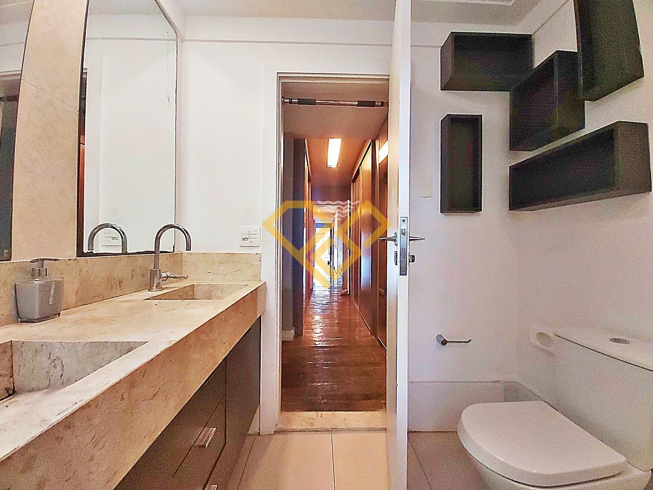 Apartamento à venda no Boqueirão: Wc da suíte master