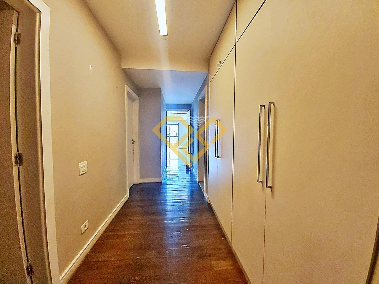 Apartamento à venda no Boqueirão: Corredor da área íntima