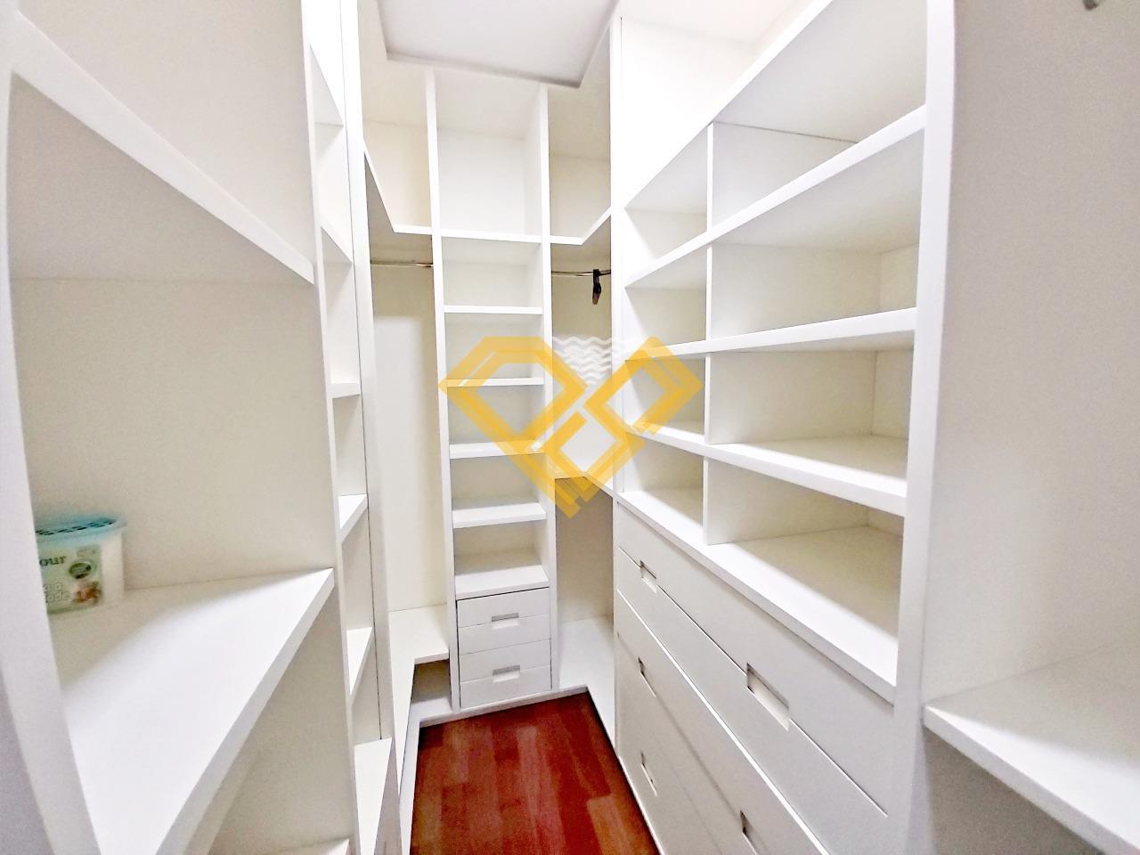 Apartamento à venda no Boqueirão: Closet suíte 1