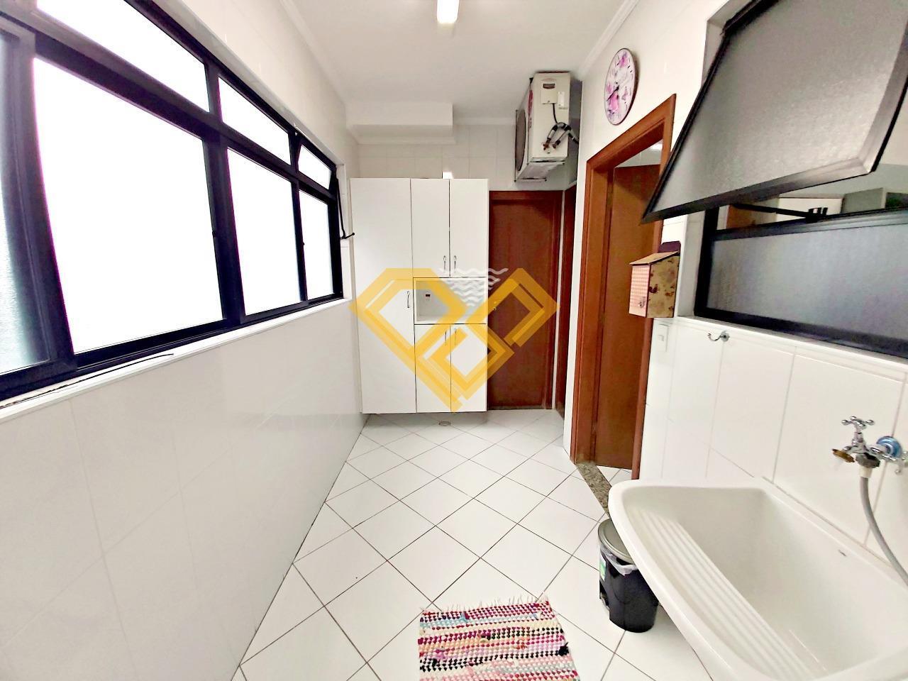 Apartamento à venda no Boqueirão: área de serviço