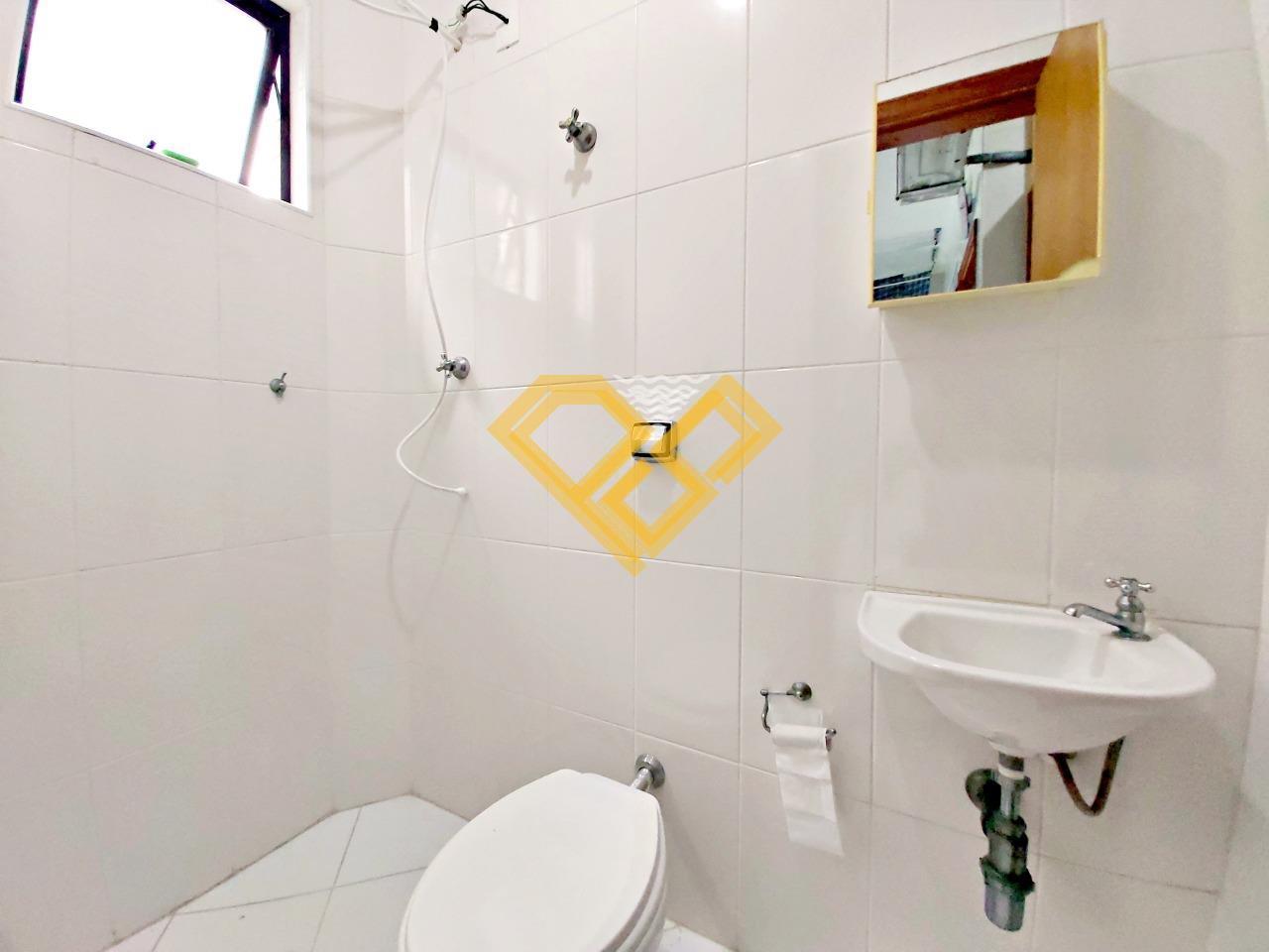 Apartamento à venda no Boqueirão: Wc de serviço