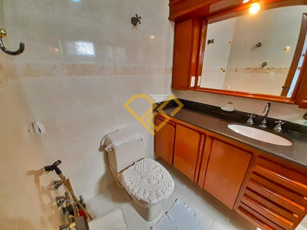 Apartamento à venda no Boqueirão: Banheiro da Suíte