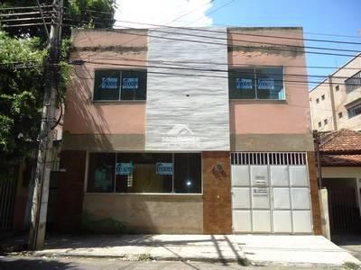 Casa à venda, 5 quartos, 1 vaga, Centro – GOVERNADOR VALADARES/MG