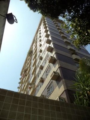 Apartamento à venda, 4 quartos, 1 suíte, 1 vaga, Centro – GOVERNADOR VALADARES/MG