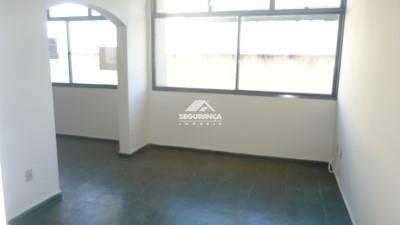 Apartamento à venda, 3 quartos, 1 suíte, 1 vaga, Centro – GOVERNADOR VALADARES/MG