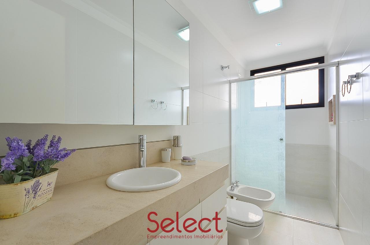 Apartamento à venda no Batel:
