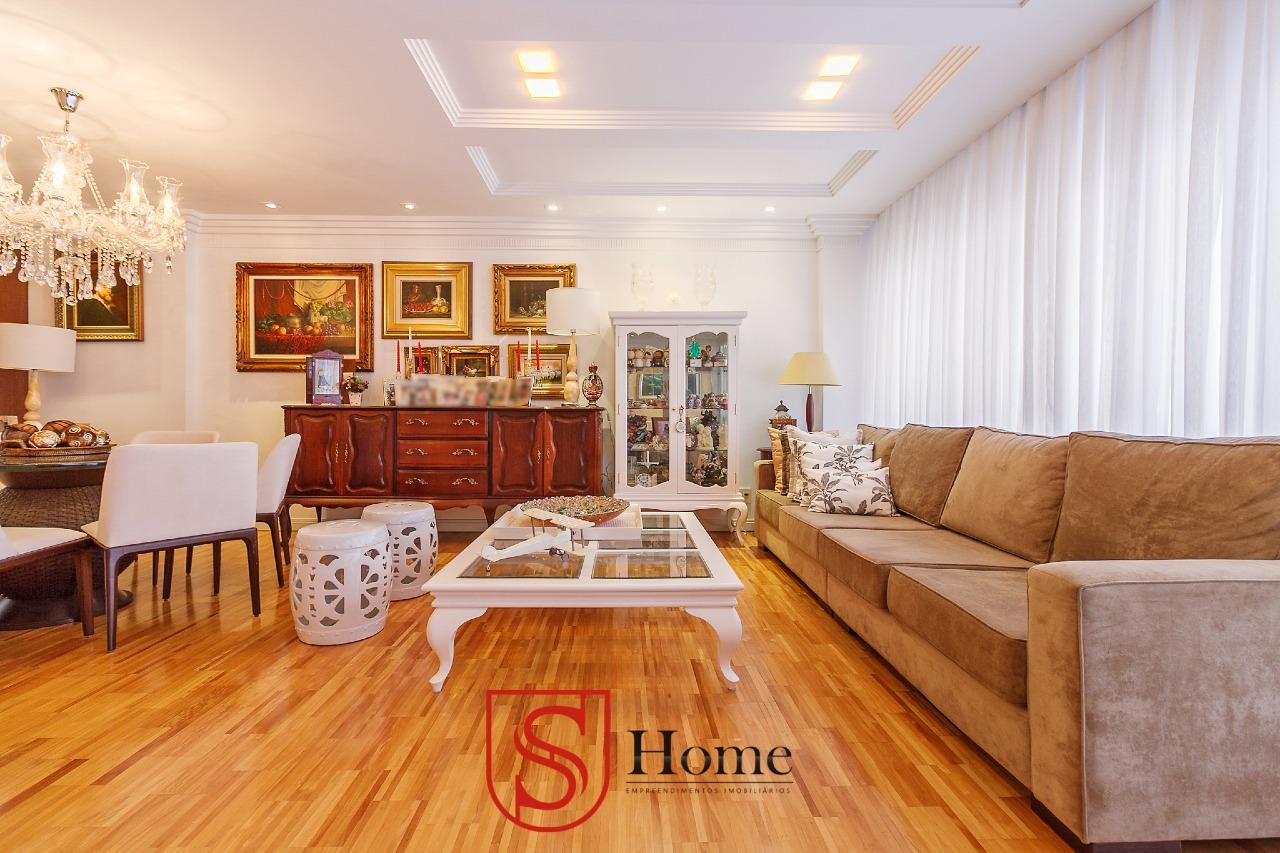 Apartamento à venda no Cabral: