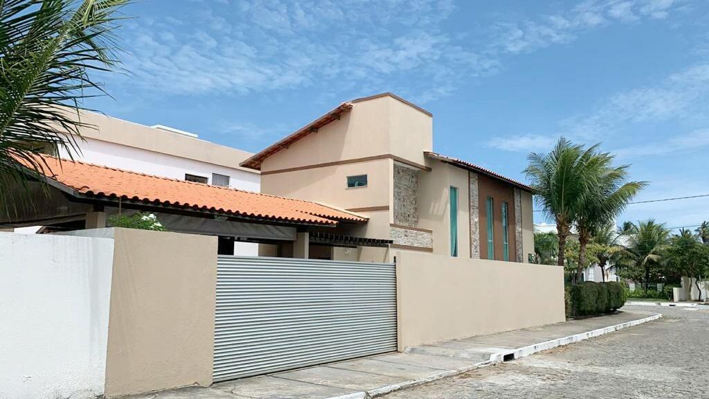 Excelente Casa de Esquina no Condomínio Costa Marina