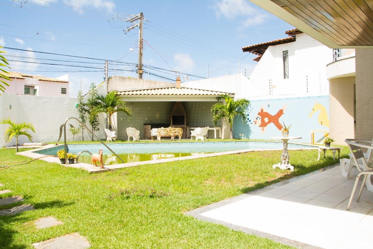 Casa à venda no Atalaia: