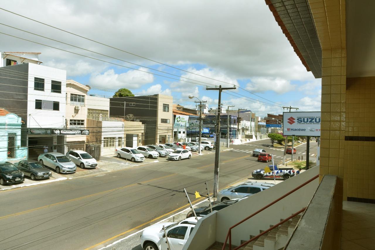Casa Comercial para aluguel no Centro: