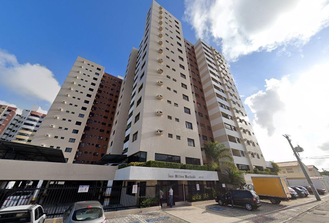 Apartamento no Condomínio José Milton Machado