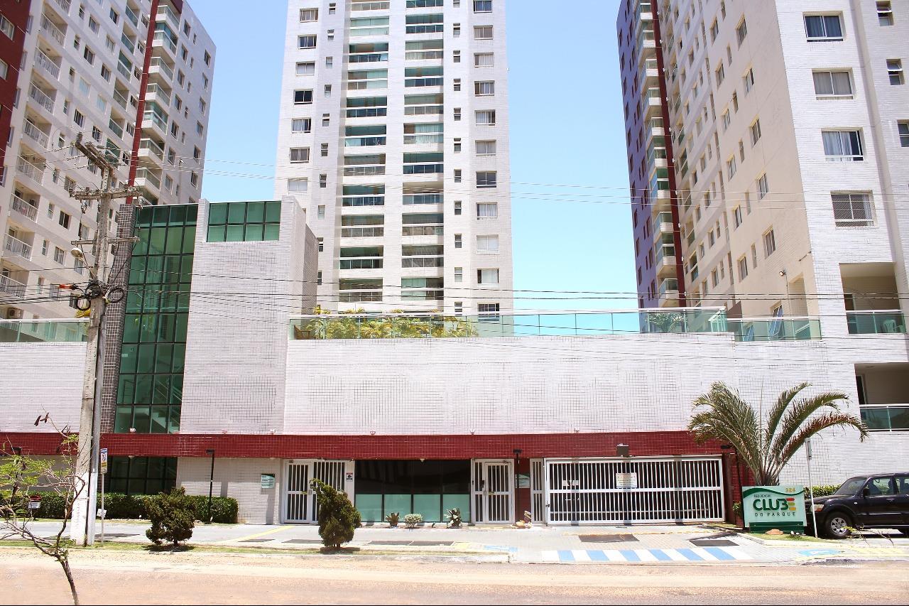 Apartamento no Condominio Clube do Parque